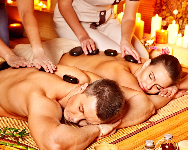 Ayurveda Abhyanga als Synchron Massage